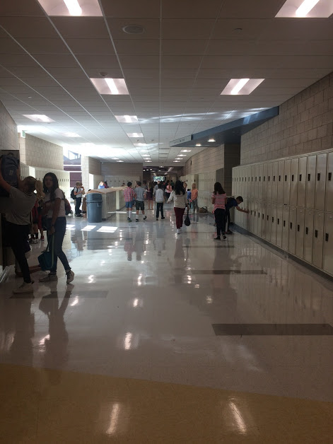 this is the hallway of Draper Park Middle school on a Thursday