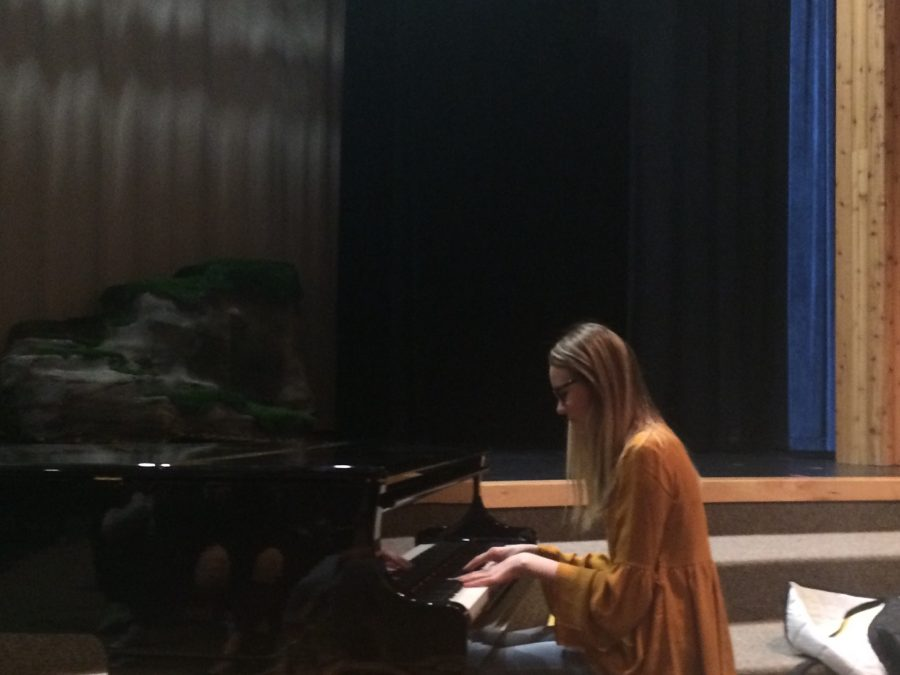 Lauren Carn plays on the piano Youll Be Back from the Hamilton musical in Productions Company.