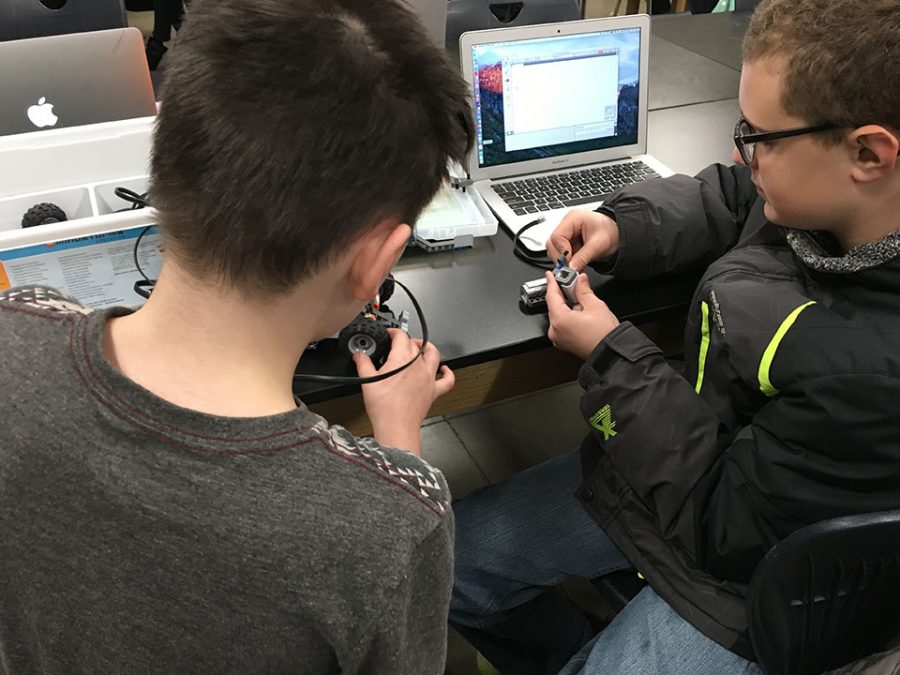 Students building their robots